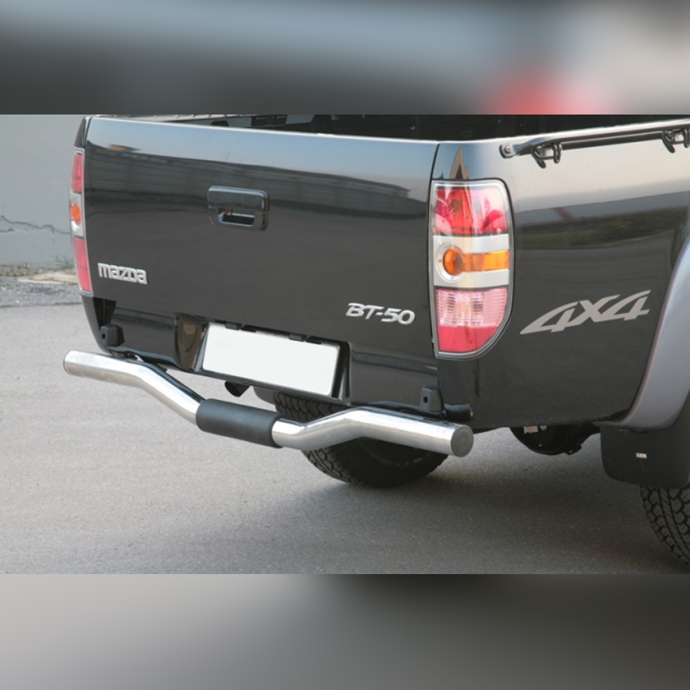 PROTECTION ARRIERE INOX SUR MAZDA BT50 DOUBLE CAB 2009-2012