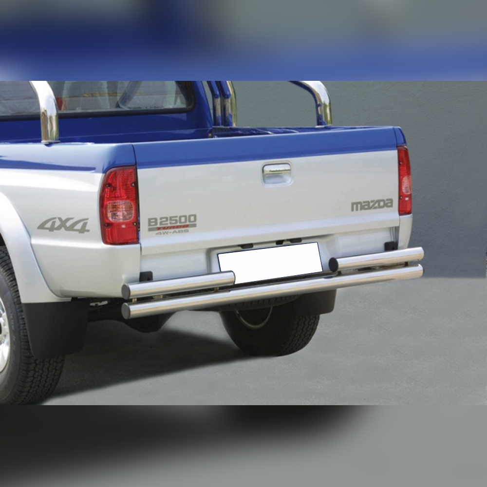 PROTECTION ARRIERE DOUBLE TUBE INOX SUR MAZDA B2500 FREESTYLE DOUBLE CAB 2003-2006
