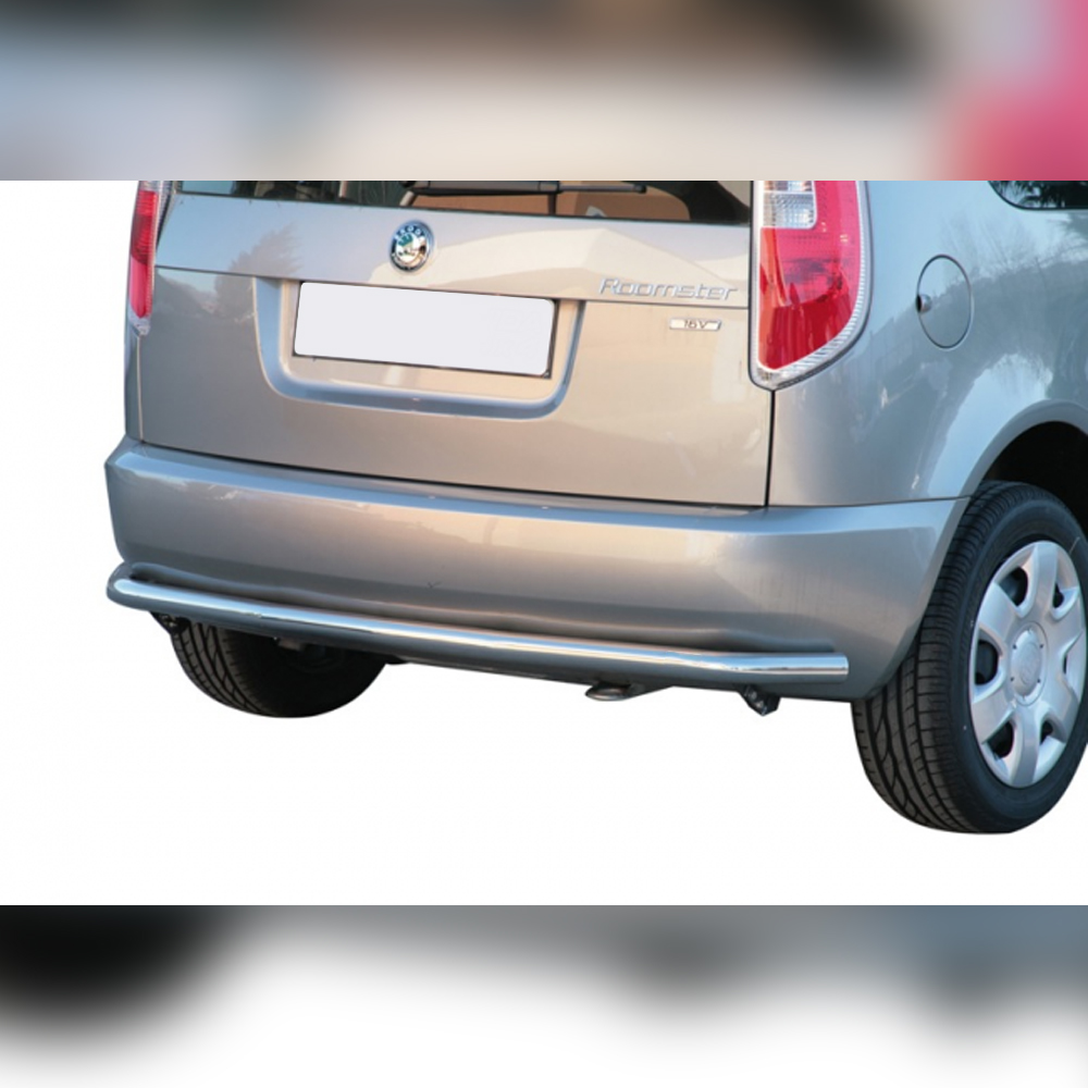 PROTECTION ARRIERE INOX SUR SKODA ROOMSTER 2007-2015